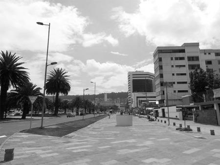Av. Naciones Unidas (boulevard)